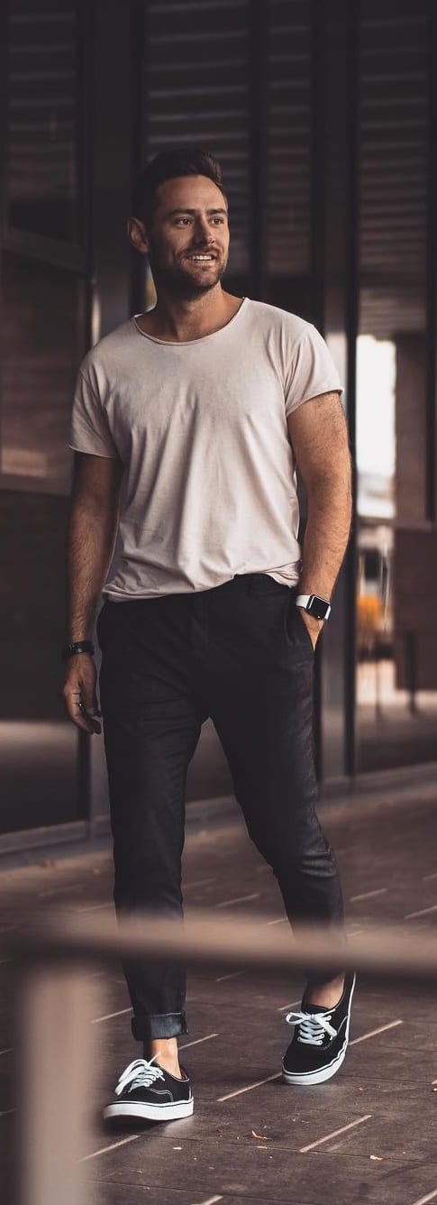 Simple Crew Neck Outfit Ideas For Men