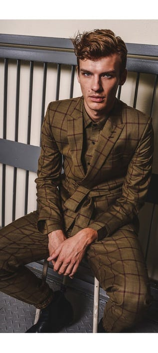 Robe Suit Outfit Ideas For Men To Try