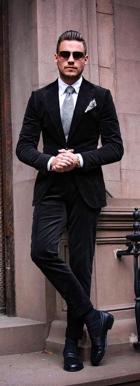 Stylish Black Suit Outfit Ideas For Men 2019