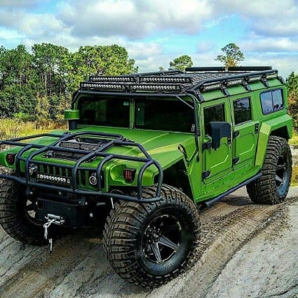 Green Hummer Car Wallpaper