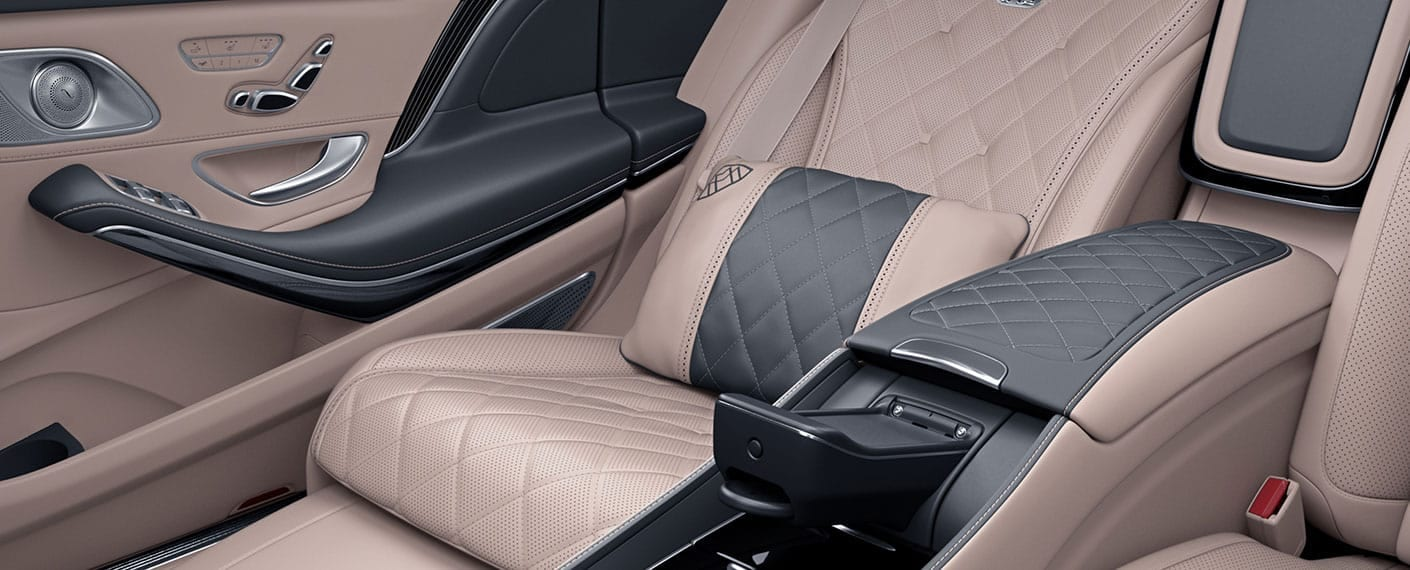 INTERIOR SEATS IN MERCEDES MAYBACH