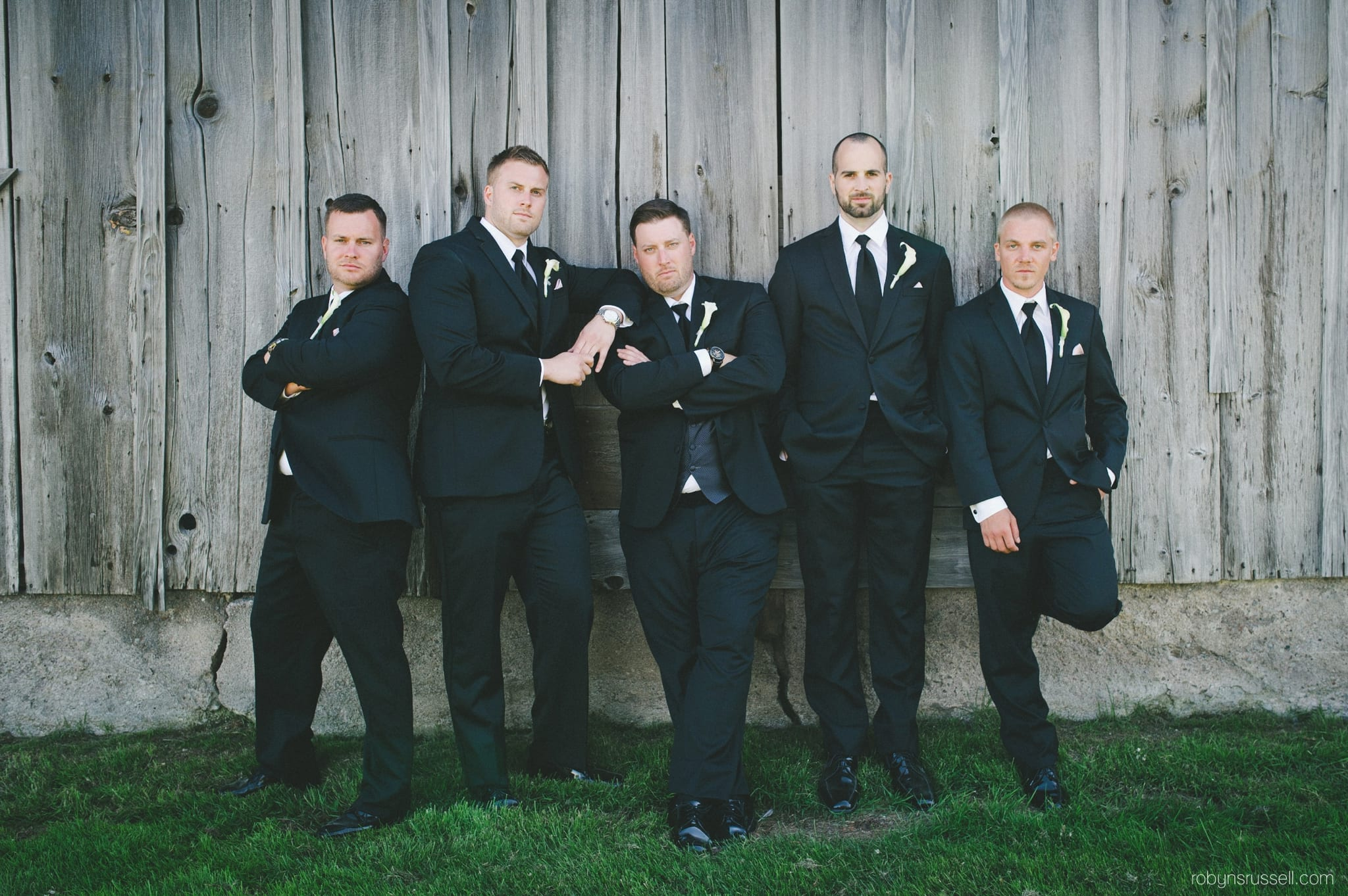 Simple Groomsmen Outfit Ideas