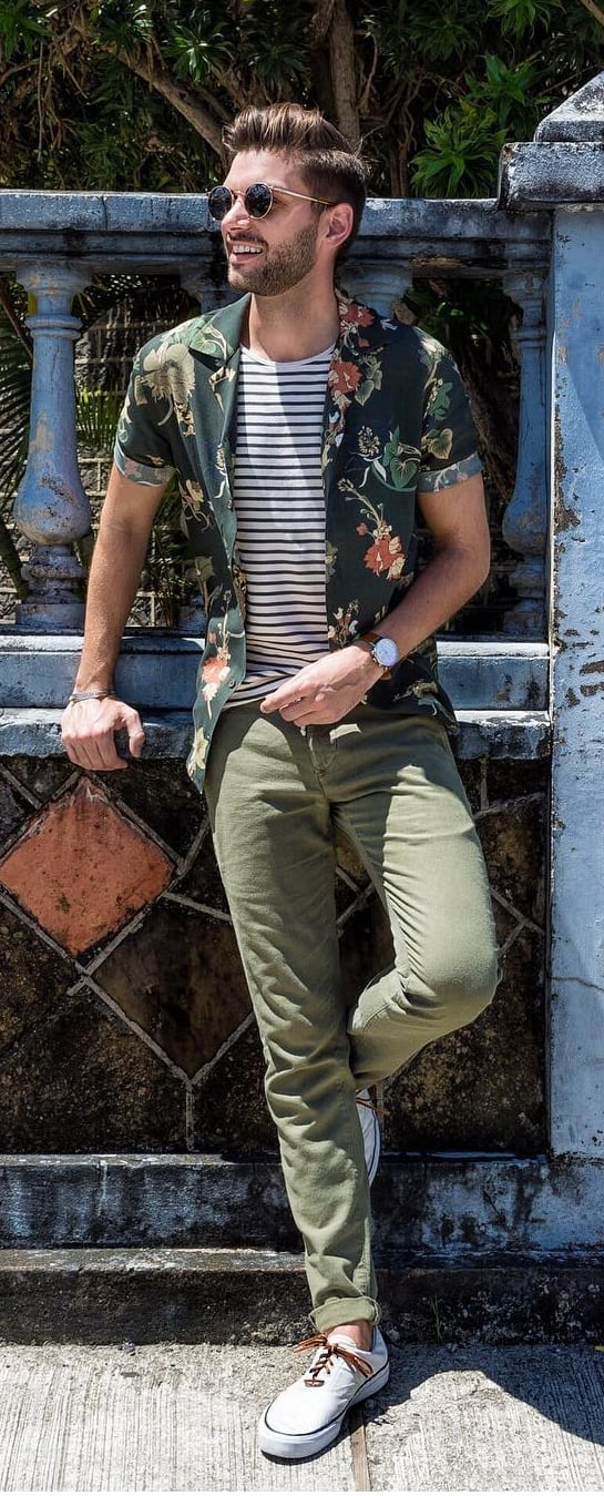 Stunning Hawaiian Outfit Ideas For Men