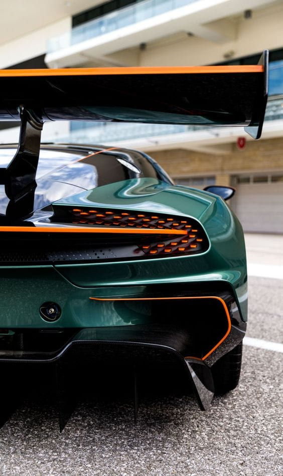 Aston Martin sports wallpaper