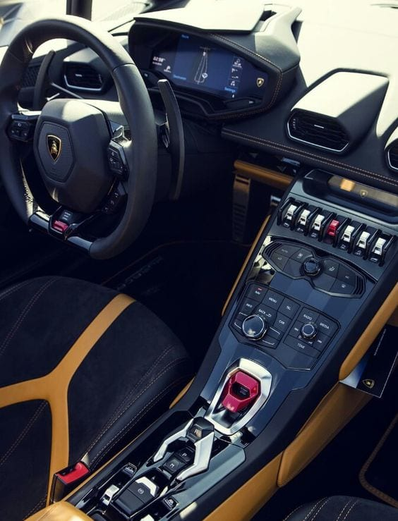 LAMBORGHINI SPORTS INTERIOR