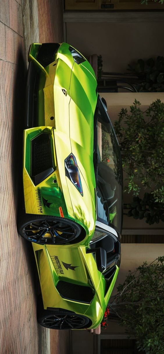 Lamborghini Aventador Chrome Lime