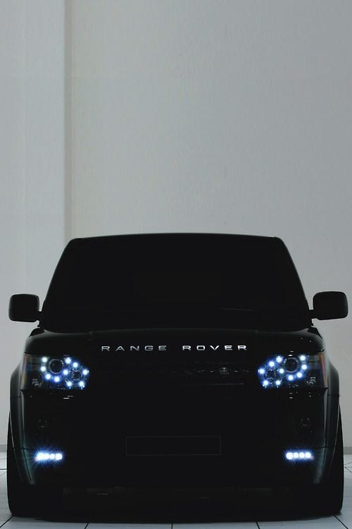 RANGE ROVER LUXURY CAR
