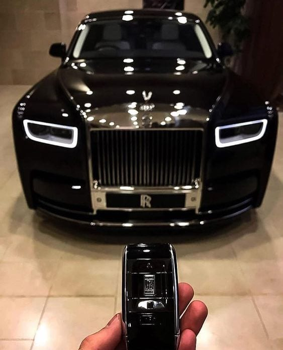 ROLLS ROYCE BLACK CHROME