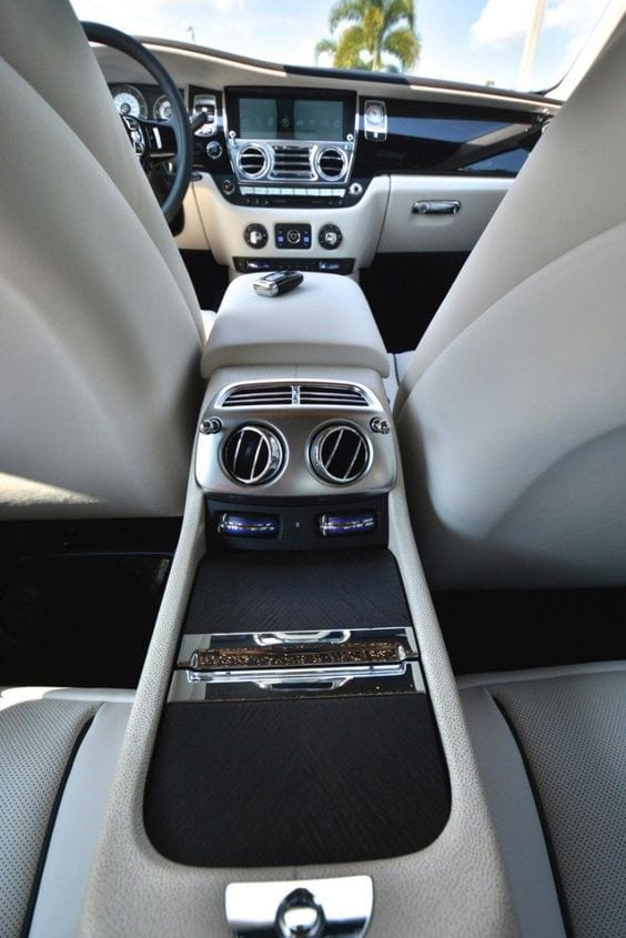 ROLLS ROYCE LUXURY INTERIOR
