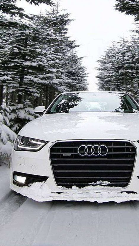 AUDI IN SNOW WALLPAPER