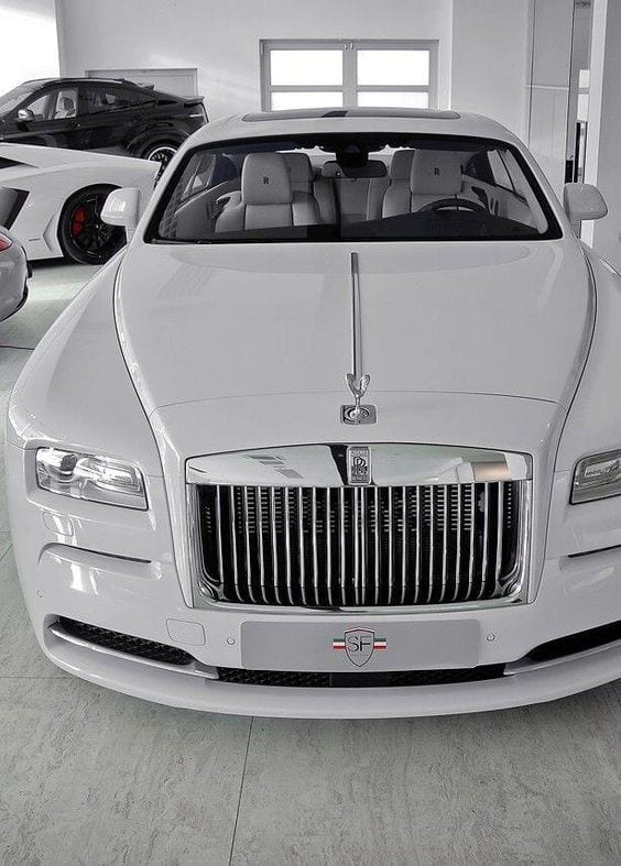 ROLLS ROYCE CHROME WHITE