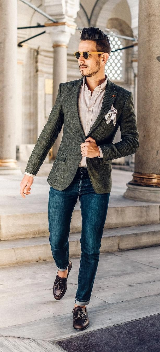 Linen Shirt, Blazer and Dark Washed Jeans for Smart Casuals