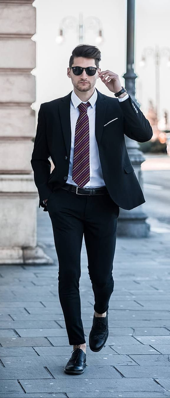 Black-Suit-Outfit-Ideas-For-Men