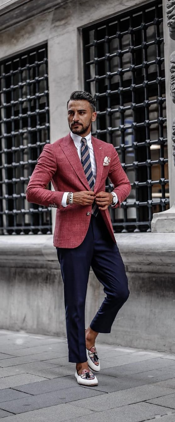 Suit-Outfit-Ideas-For-Men