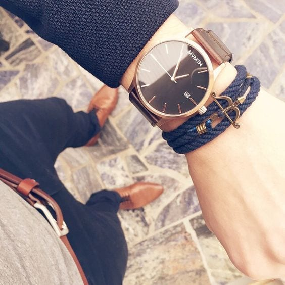 Dark-Blue-Bracelet-styled-with-a-Rose-Gold-Watch-gives-it-a-stylish-look-1