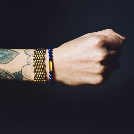 Gold-Blue-Bracelets-which-is-stylish-to-wear-on-1