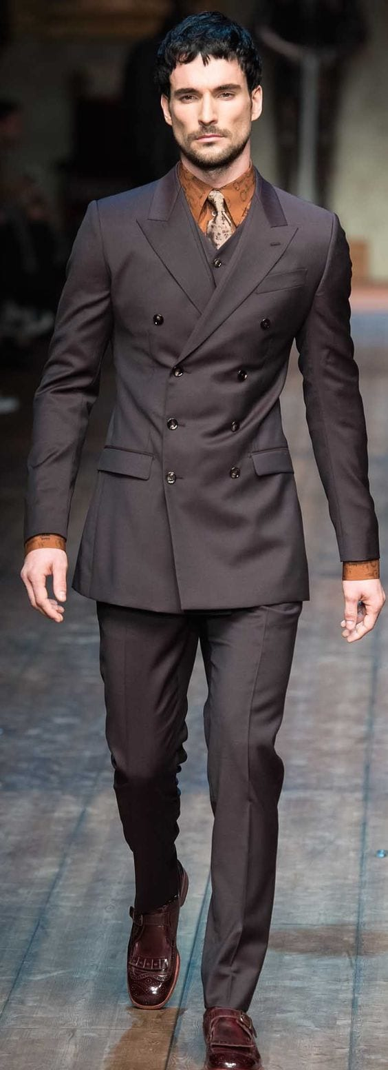 Real-simple-yet-so-stylish-to-wear-this-Double-Breasted-Suit-1