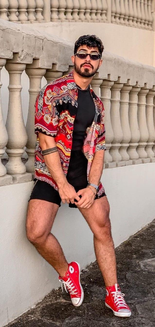 Printed Shirt-Shorts- Gay-Fashion-Trends-2020