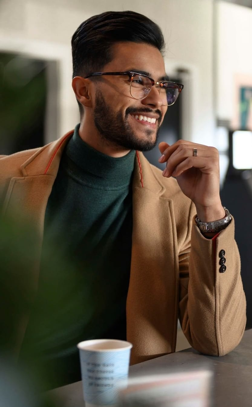 10 Eyeglasses for Men that are trendy and stylish