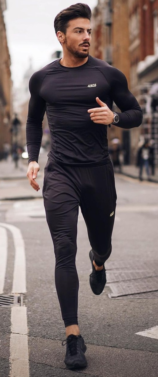 10 Workout Outfits That Will Make You Look Fit and Fine