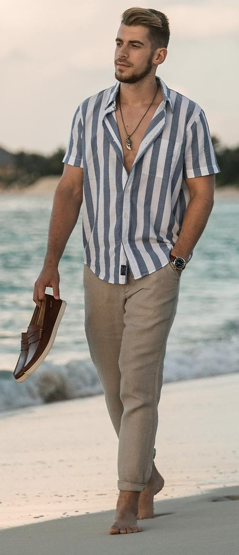 Shirt- Chinos- Outfit-Ideas-For- Summer