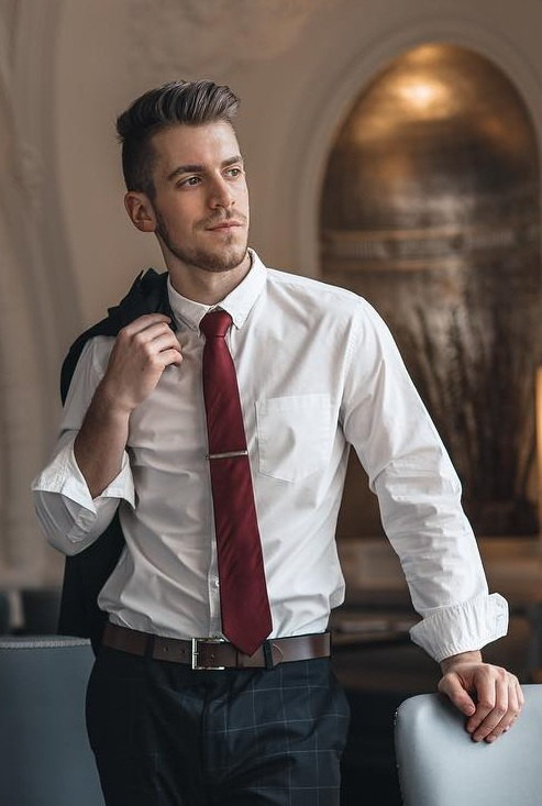 Cool Tie Pin Look That Will Add To Your Style
