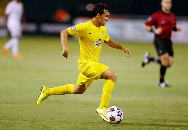 Robert Hernandez signs with Caracas FC, no longer with Rowdies
