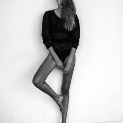 skinny_model