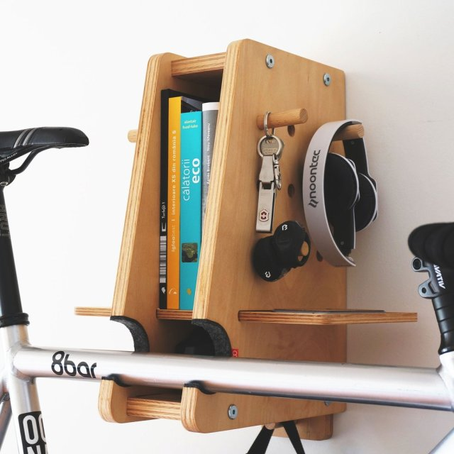 oona_berlin_wooden_bicycle_shelf_accessories_furniture_3_sq_1024x1024