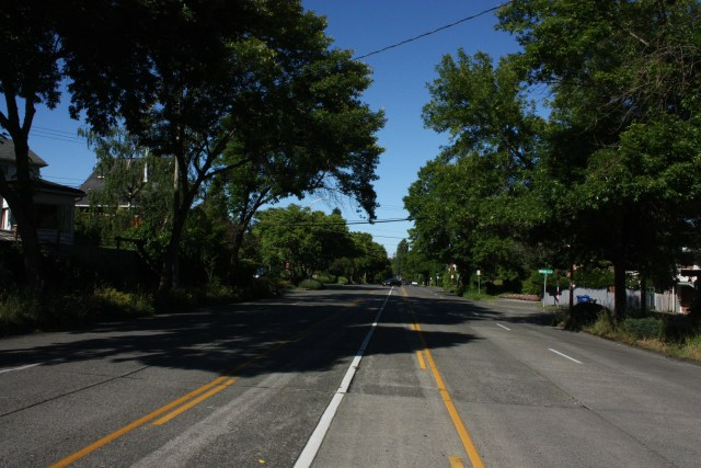 Green Lake Way was shoehorned into northwest Wallingford to feed into SR-99.