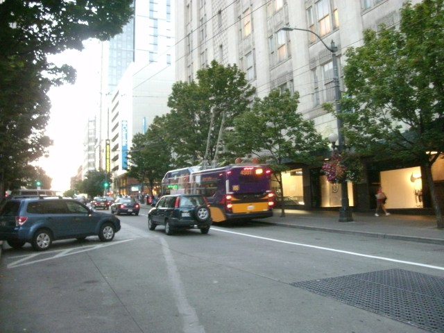 A bus at 3rd, where the biggest gain to travel time for buses is expected. (Photo by the author)