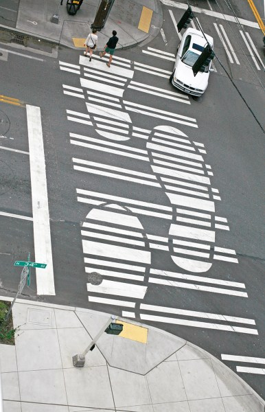 Pedestrian crossing at Stone 34 Plaza. Photo by G. Loveridge, Courtesy of Swift Company.