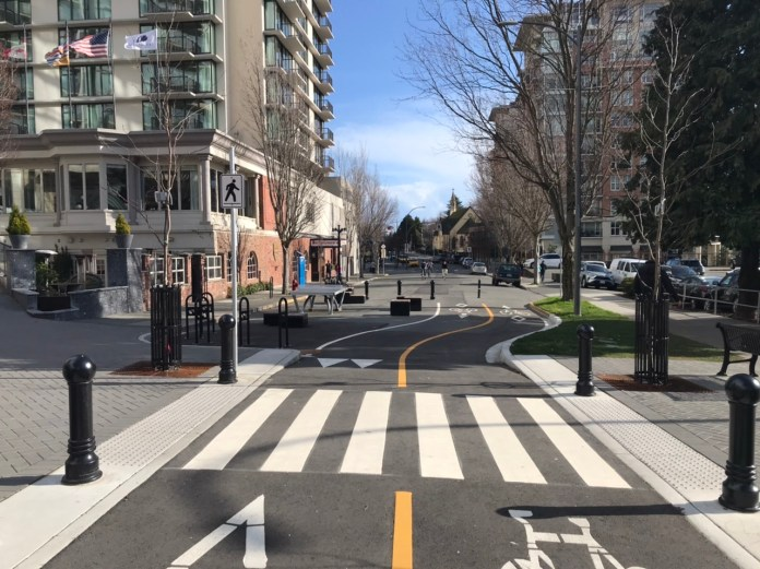 A proper cycletrack in Victoria, British Columbia.