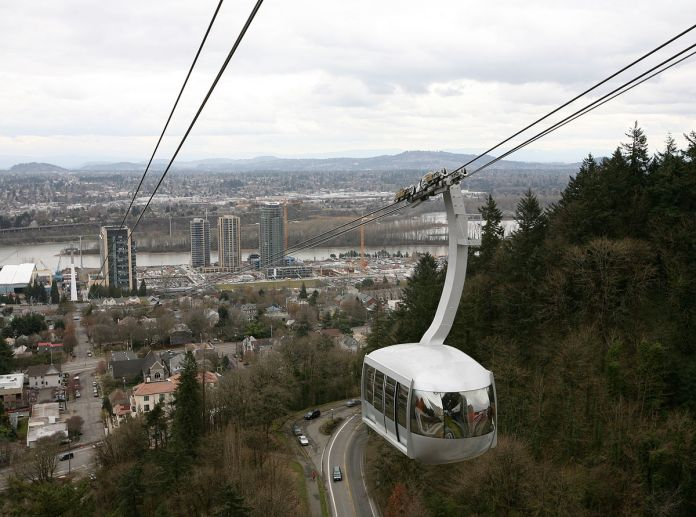 Portland Aerial Tram. (Photo by Cacophony)