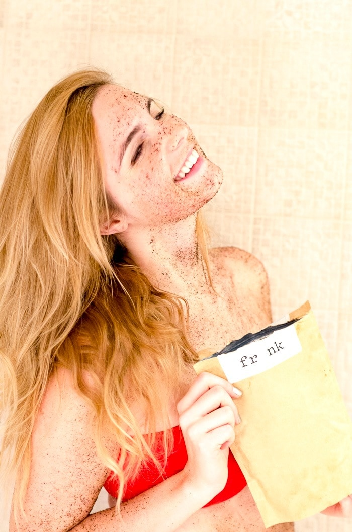 Frank Body Peppermint Coffee Scrub Review | The Pros and Cons of the Popular Scrub