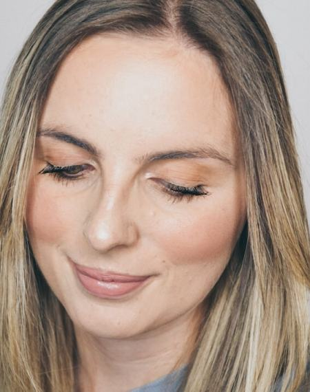 SKIN FOCUS | How to Contour & Achieve Natural Looking Radiant Skin