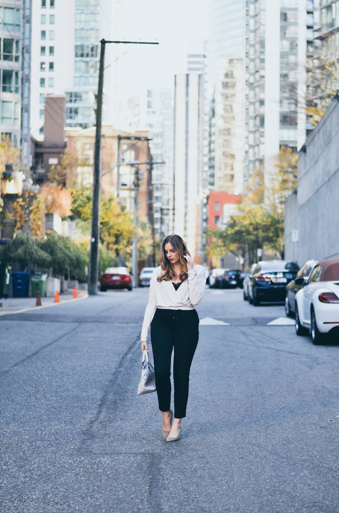How to Style a Crop-Top this Fall, crop top winter, crop top fall, long sleeve crop top