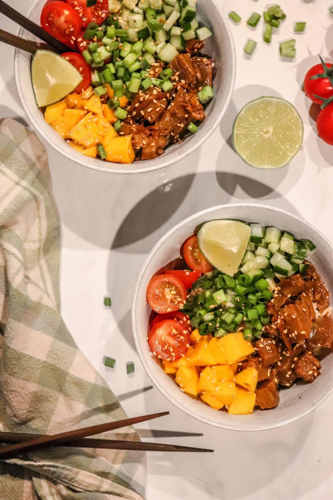 mango-tuna-poke-bowl