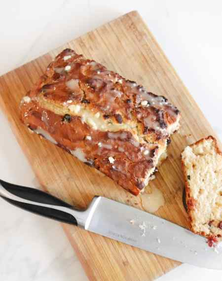 Easy White Chocolate Cranberry Cake Recipe
