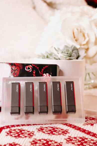 shiseido-modern-matte-lipstick-gift-set