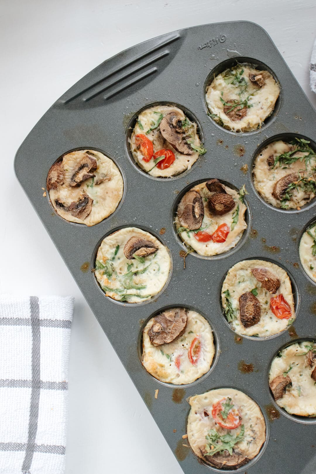 Low Carb and Gluten Free Healthy Egg White Muffin Cups