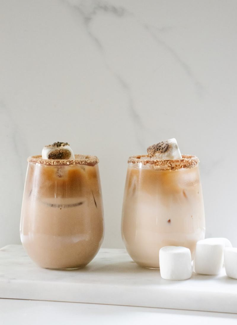 Delicious Toasted S'mores Cocktail Recipe | 5 Minute Cocktails