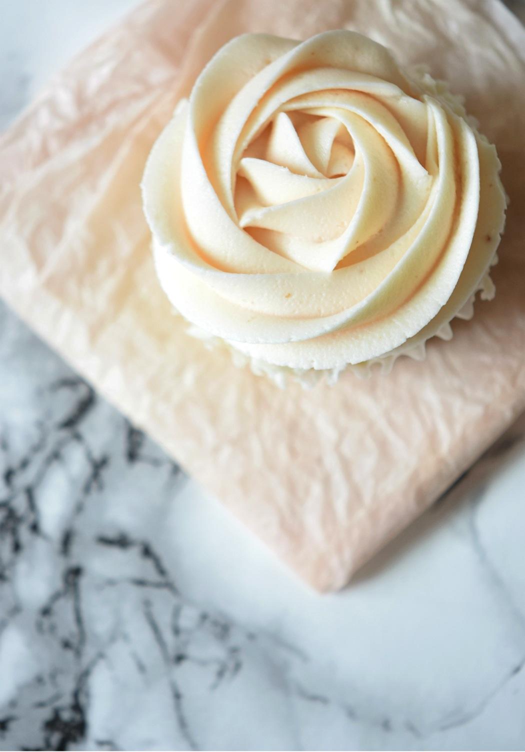 the urban umbrella style blog, vancouver style blog, vancouver fashion blog, vancouver lifestyle blog, vancouver health blog, vancouver fitness blog, vancouver travel blog, canadian faashion blog, canadian style blog, canadian lifestyle blog, canadian health blog, canadian fitness blog, canadian travel blog, bree aylwin, easy cupcake recipe, wedding cupcake recipe, diy wedding cupcakes, blush pink icing recipe, delicious and easy cupcake recipe, best fitness blogs, best health blogs, best travel blogs, top fashion blogs, top style blogs, top lifestyle blogs, top fitness blogs, top health blogs, top travel blogs