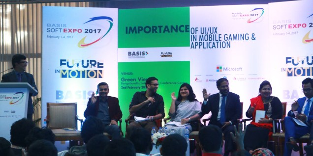 Wahid bin Ahsan is giving answers to questions at UX Seminar at BASIS SoftExpo 2017.