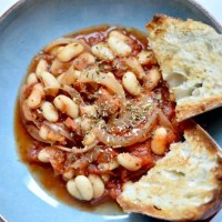 Slow cooker beans and sausages