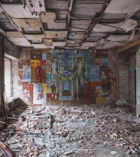 Abandoned hall in Pripyat (Mick de Paola/Unsplash)