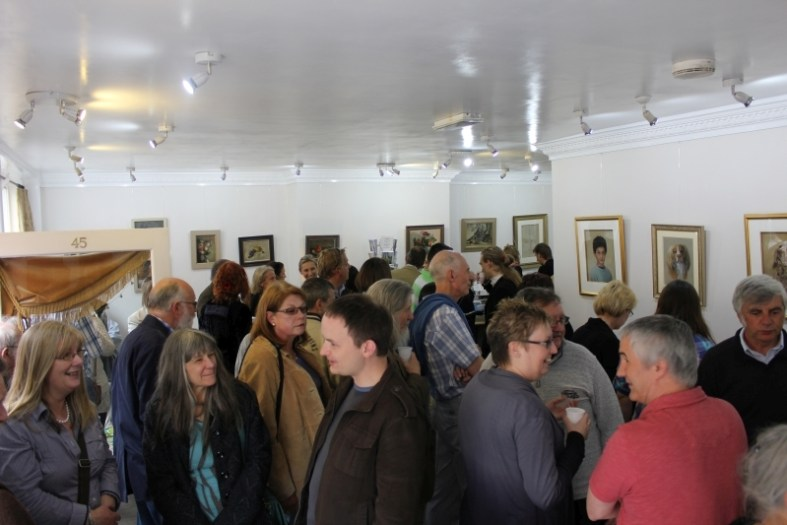image inside the gallery showing the crowd
