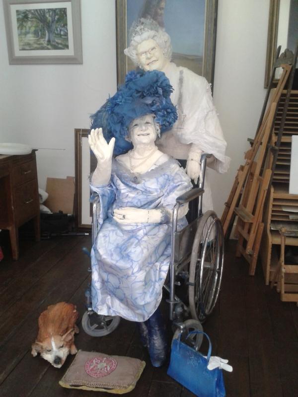 Peter-Rush-Paper-Mache-Queen-and-Queen-Mother