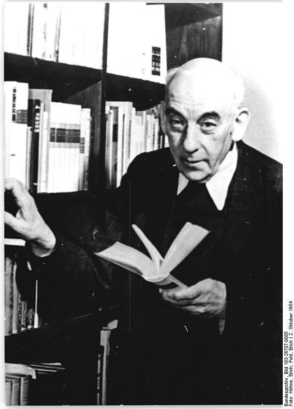 Zentralbild-Höhne-Pohl 2.10.1954 Professor Dr. Dr. Viktor Klemperer, Direktor des Instituts für Romanistik der Humbolt-Universität.