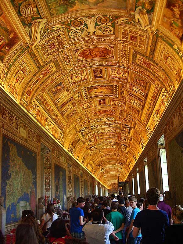 Vatican-hall-of-maps